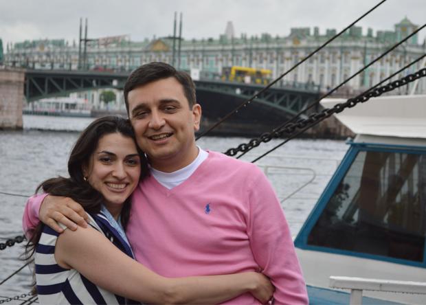 Արմեն Մուրադյանը տիկնոջ հետ