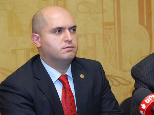 Глава комиссии парламента Армении в Лиссабоне представит опыт работы с диаспорой